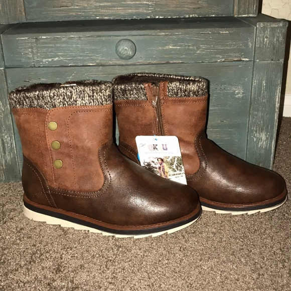 NWT Muk Luks Hope boots be5ff7c174